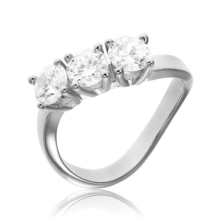 Inel de logodna argint cu 3 cristale mari Cod TRSR107 Check more at https://www.corelle.ro/produse/bijuterii/inele-argint/inele-de-logodna-argint/inel-de-logodna-argint-cu-3-cristale-mari-cod-trsr107/