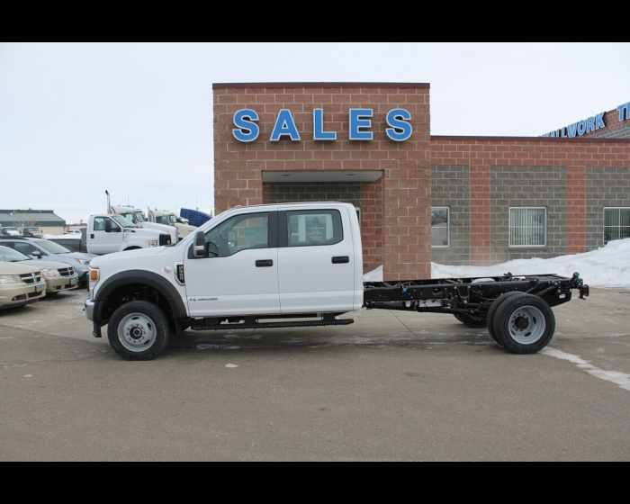 Pin By Wallwork Truck Center On Medium And Heavy Duty Ford Trucks