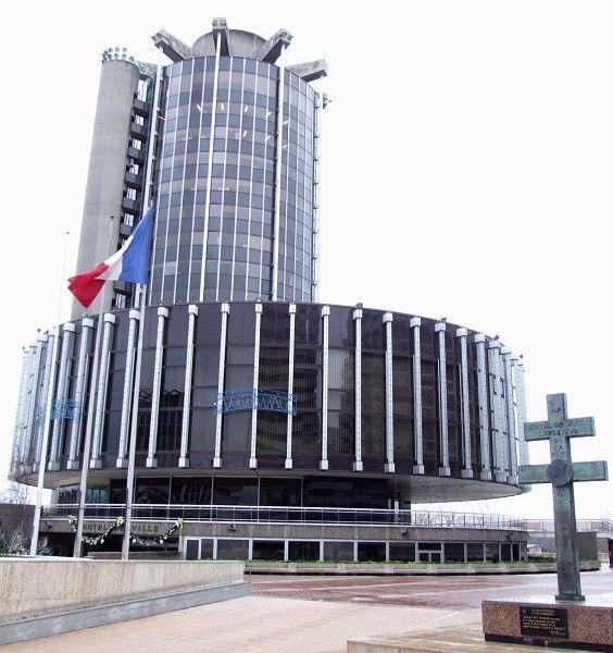 Créteil - Hôtel de ville-croix de Lorraine-1974