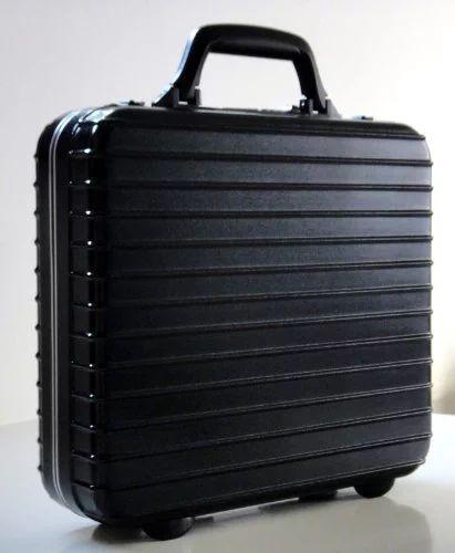 Amazon.com: Rimowa Notebook Case Small Black: Everything Else