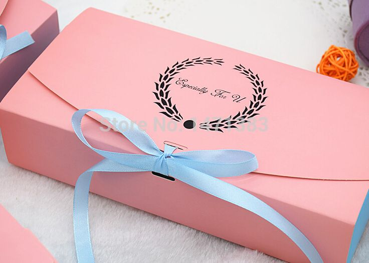 Cheap box processor, Buy Quality box directly from China box component Suppliers: 		Pink gift box packaging	Pink macaron cake boxes	Size 17*11*5 cm 	We send you blue ribbon as gifts.Color random.	W