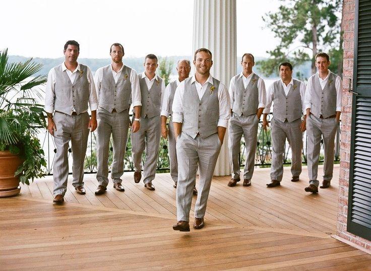 Southern wedding, casual attire, groomsmen