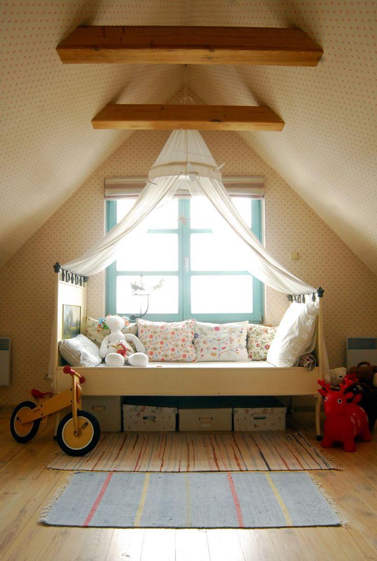 Joanna Paszko Ochotny Homestyling. Dom w stylu rustykalnym.  Pokój małej dziewczynki. Zdjęcie: Tomasz Augustyn