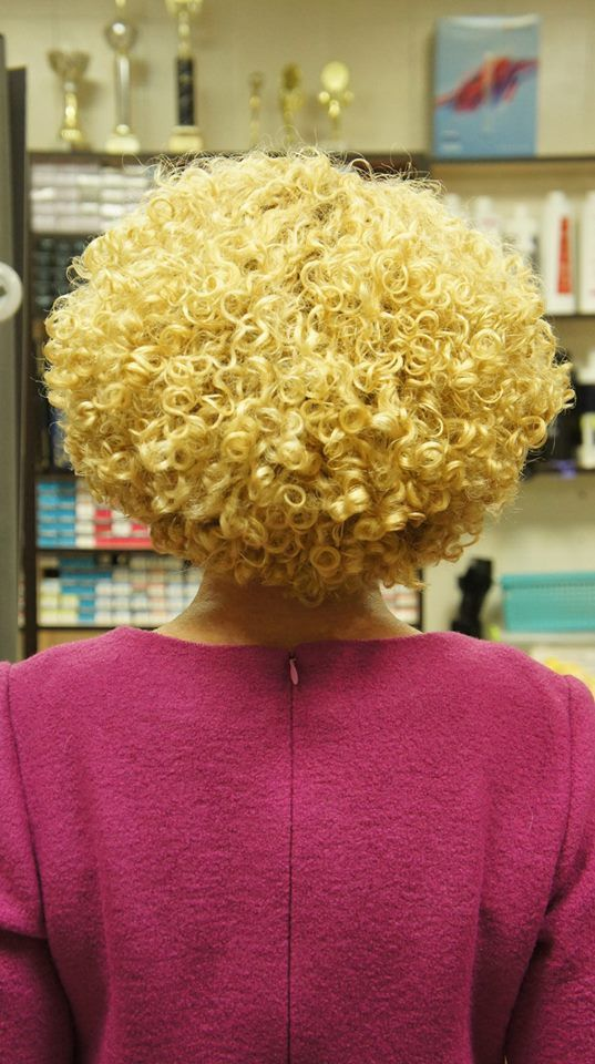 nice permed short style with a tight curl yellow rod short hair 1 ...