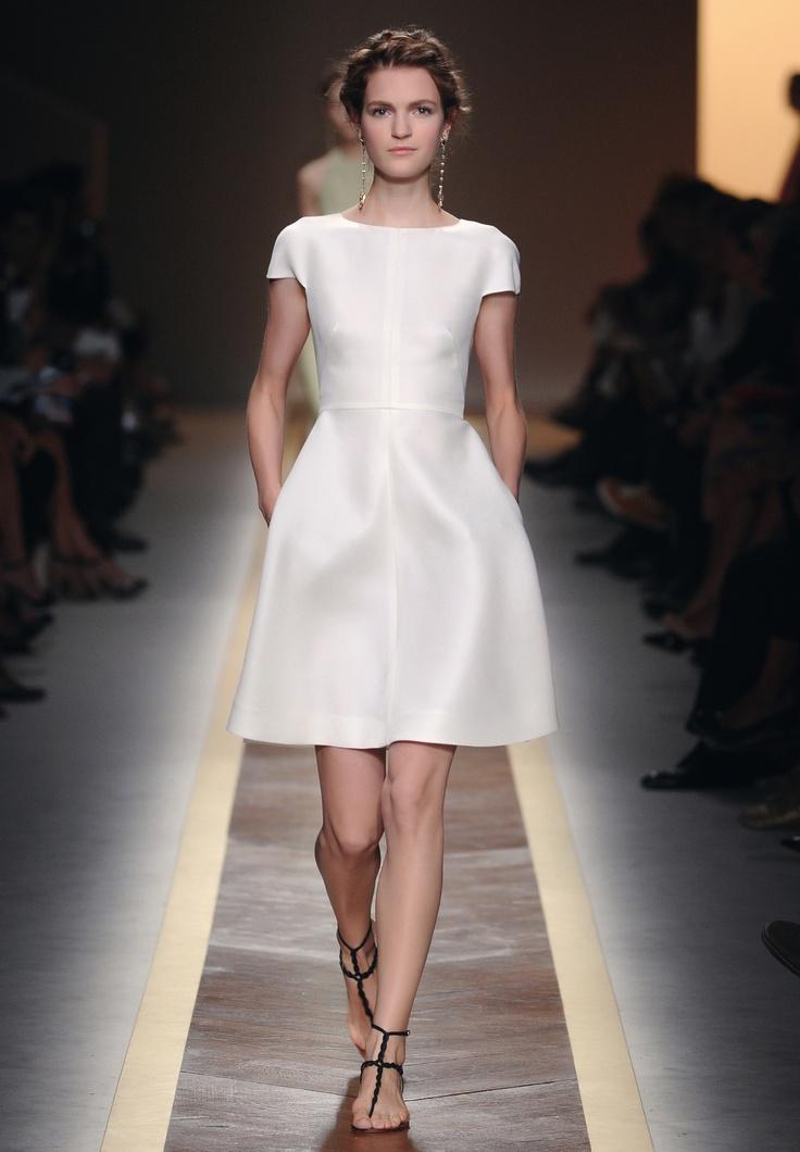 30 best pr t porter ss 12 images on pinterest ready to for Valentino short wedding dress
