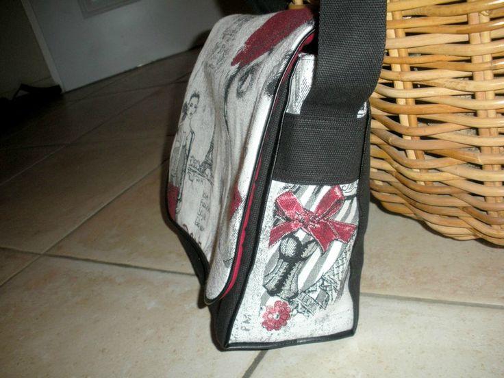 Joli sac avec un tuto pour la poche int rieure - Tuto couture sac besace ...