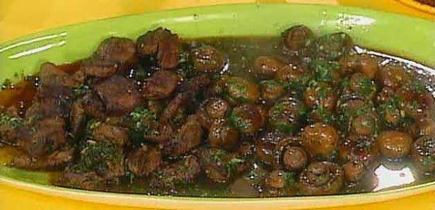 Krepli Taco Tarifi (Meksika mutfağı)  TARİF İÇİN LİNKE TIKLAYIN http://karacayemektarifleri.blogspot.com/2014/07/krepli-taco-tarifi-meksika-mutfag.html#.U84pHpprMdU