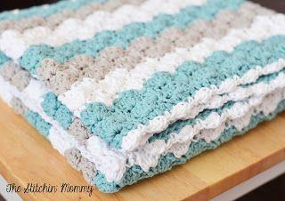 Crochet Shell Stitch Baby Blanket Pattern by The Stitchin' Mommy