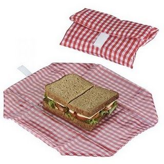 How cool, need to make these! So easy too :)  reusable washable sandwich bags