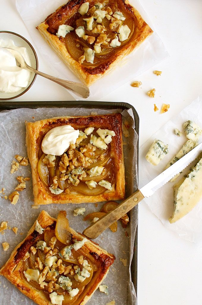 Caramelized Pear Blue Cheese Gorgonzola Tart - incredible flavour combination. Easy, good value gourmet food! @recipetin