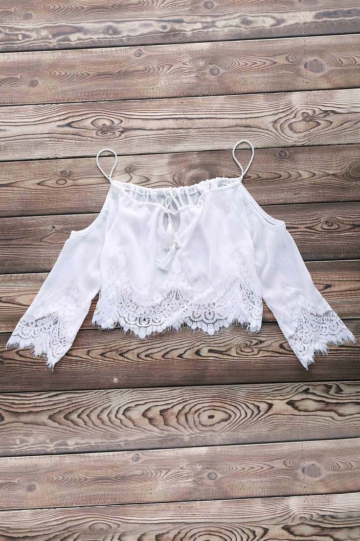 Tops / Blouses / Combined Lace White Crop Top
