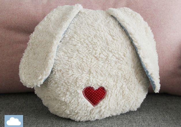 Kuscheliges Hasenkissen, Geschenkidee / cuddly and comfy bunny cushion, hearts by kleine Wölkchen via DaWanda.com