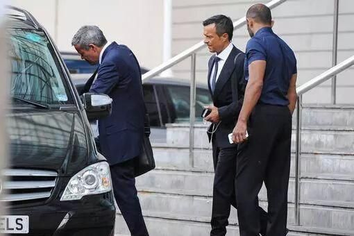 Jorge Mendes at the Lowry Hotel earlier today where #mufc are staying before the game against Club Brugge.