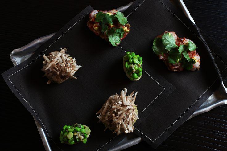 Yam and Shiitake, octopus toast, peam and clam tartlet by Leonardo Pereira at #epicurea2016, 16-17 February #bulgarihotelmilano #hautecuisine