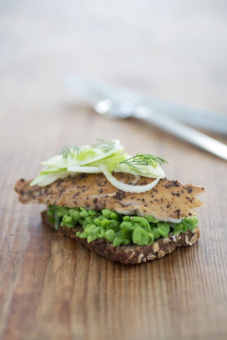 Smoked Mackerel with fennel and peas on dark rye bread Kobi Ruzicka ...