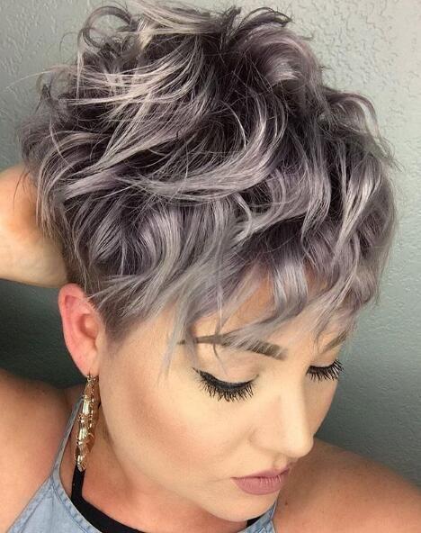 Die meisten neu gestalteten kurzen Pixie-Frisuren, die Ihren Prom-Look inspirieren