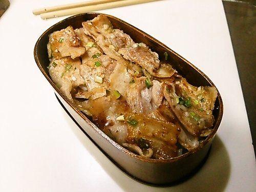 セブンイレブンの人気商品『ねぎ塩豚カルビ弁当』の完全再現レシピ | nanapi [ナナピ]