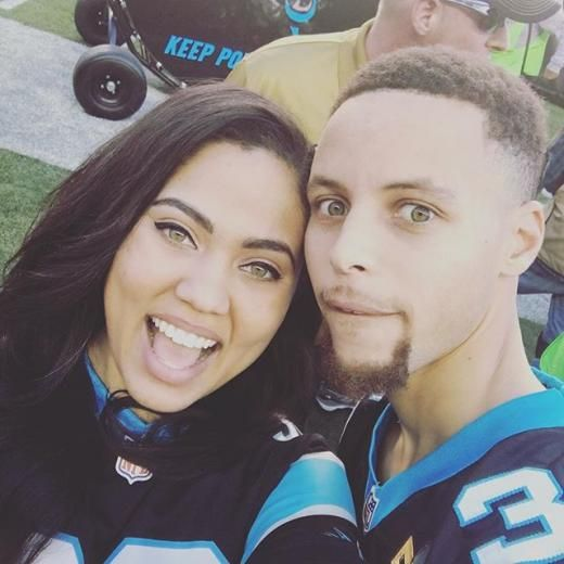 Cute Game Day selfies and 19 other times Ayesha and Steph Curry were #RelationshipGoals | essence.com
