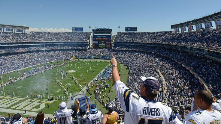 Bears vs. Chargers, MNF: Game time, TV schedule, channel, online stream, and more -  By David Fucillo  @NinersNation on Nov 9, 2015, 5:14p -     The San Diego Chargers host the Chicago Bears to close out Week 9. We've got all the TV schedule, game time and odds info to get you ready for Week 9 MNF.