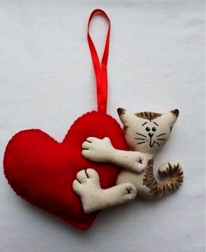 Милая кошка. Ручная работа. Подарок на День святого Валентина.