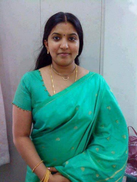 Pin Z Ravikumar Na Ravi Leta 2019 indijski tetka, ženske, Desi Bhabi-2264