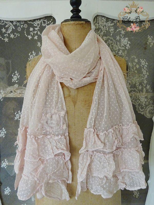 Roze sjaal met ruches