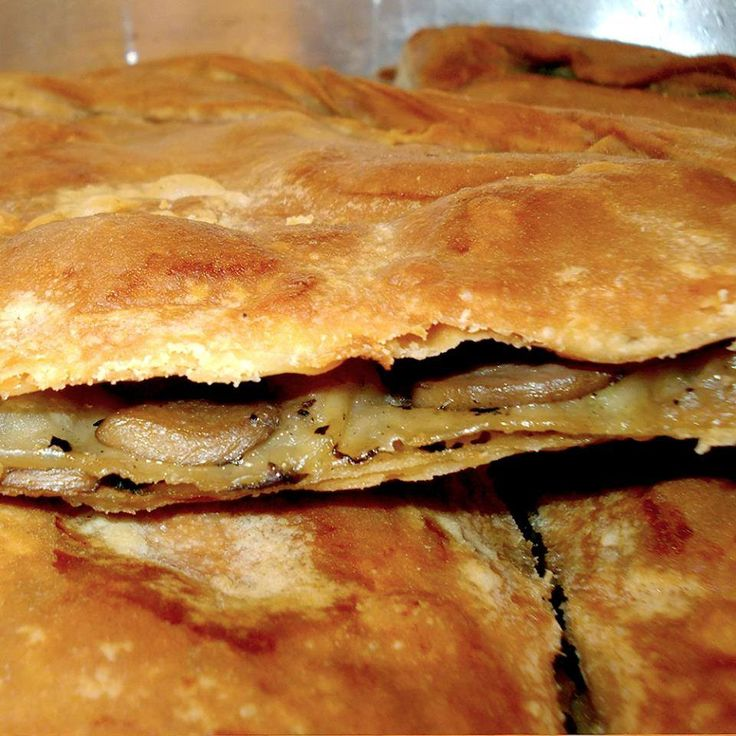 "Taste delicious home made pies at ""Pites tis mamas"""