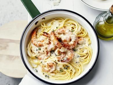 Linguine with scampi's and white wine sauce. Ohhhh shitttt