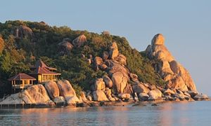 Torre DeRoche's Thai bungalow
