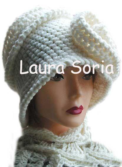 cloche uncinetto crochet wedding https://www.facebook.com/laura.soria.54