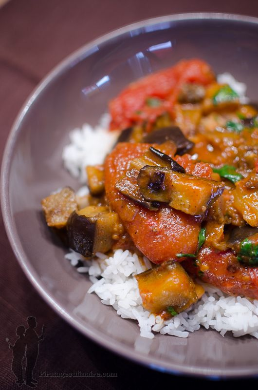 Curry d'aubergines rôties à la cardamome, à la coriandre et à la menthe