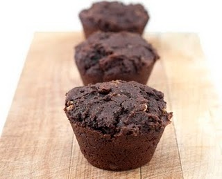 chocolate avocado muffins: Avocado Muffins, Double Chocolates, Muffin Tins, Muffins Tins, Coconut Oil, Chocolates Avocado, Tins Mania, Eaten Raw, Muffins Recipe