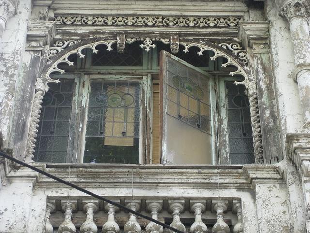 Enclosed Balcony of Grantown House - Nicholson Street, Fitzroy by raaen99, via Flickr