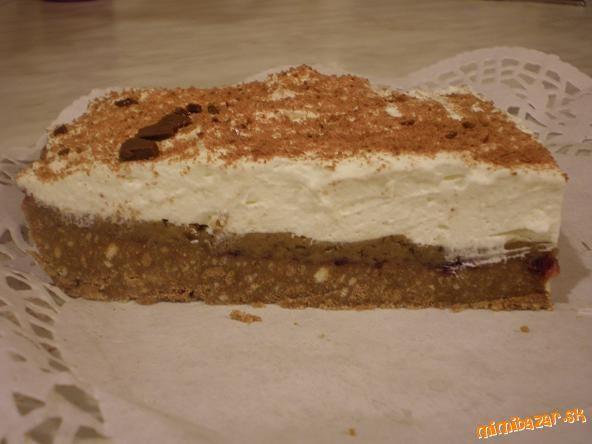 Gaštanová torta -NEPEČENÁ                      Esíčka vysypeme do misy, rozmrvíme najemno rukami alebo niečím roztlačíme. Pridáme zmäknuté maslo, v...