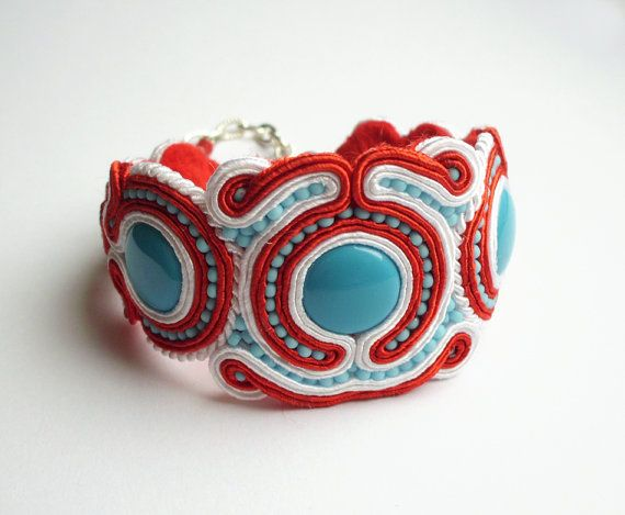 Soutache bracelet handmade embroidered in red by SaboDesign.