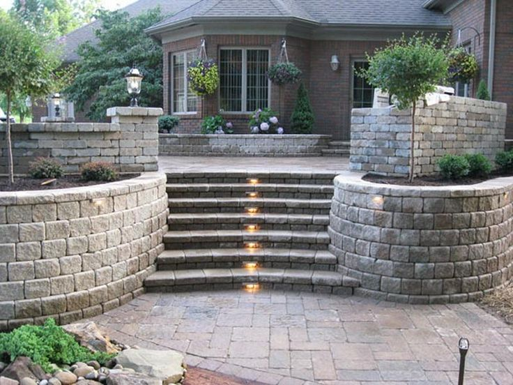 Landscaping blocks ideas for retaining walls with steps for Garden wall designs