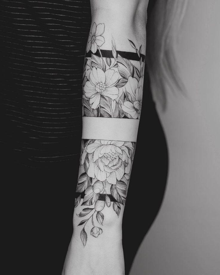 Tattoo Arm Frauen  Ich mag das mittlere Band wobei das Oberteil und das Untertei…