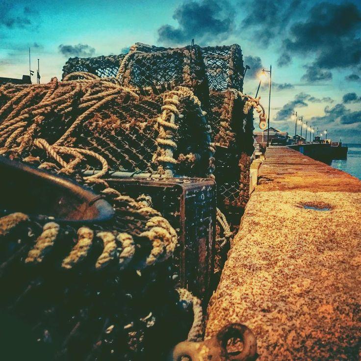 Capturing The Capturers . . . . #lobsterpots #nautical #coastal #travel #traps #lobstertrap #seafood #harbour #dusk #newquay #cornwall #nauticallife #commercialfishing #crabbing #fisherman #fishinglife #beautiful #ocean #seawall #capturingbritain #sea #location #love #dockyard #beach #uk #seaside #dailylook