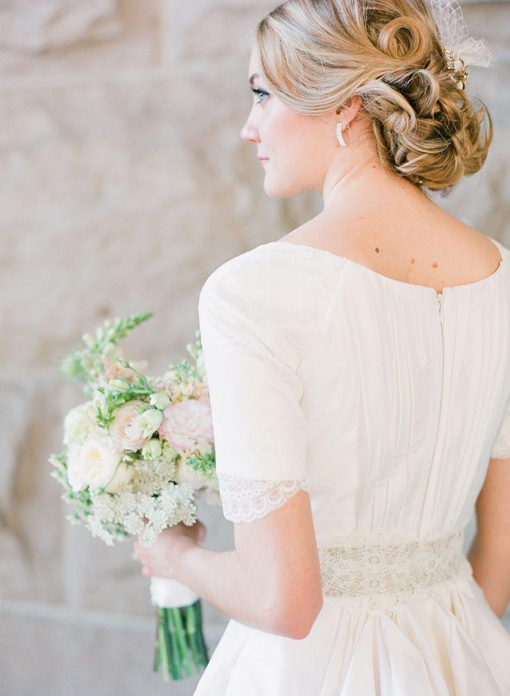 1467 best wedding dress images on Pinterest   Short wedding gowns ...