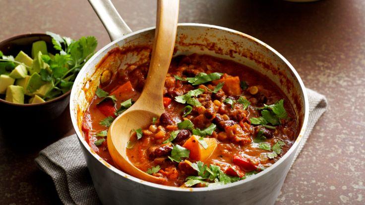 Linzen, kidneybonen én groenten. Een betere vega-dag wordt het niet! In deze Mexicaanse schotel doet de tijd het werk.  Een andere vegetarische optie is deze tortilla met falafel van zwarte bonen. mex