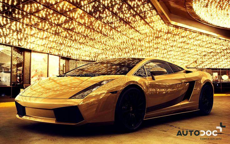 Der #Lamborghini #Aventador #LP700-4 ist das teuerste Auto der Welt. Er ist aus reinem Gold, Platin und Diamanten gefertigt. Sein Preis liegt bei überwältigenden 7,4 Millionen Dollar. #Car #SportCar #Auto #SuperCar #AutoDoc