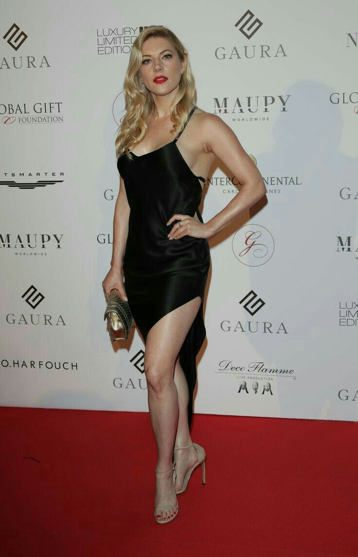 Celebrity Legs On the Red Carpet