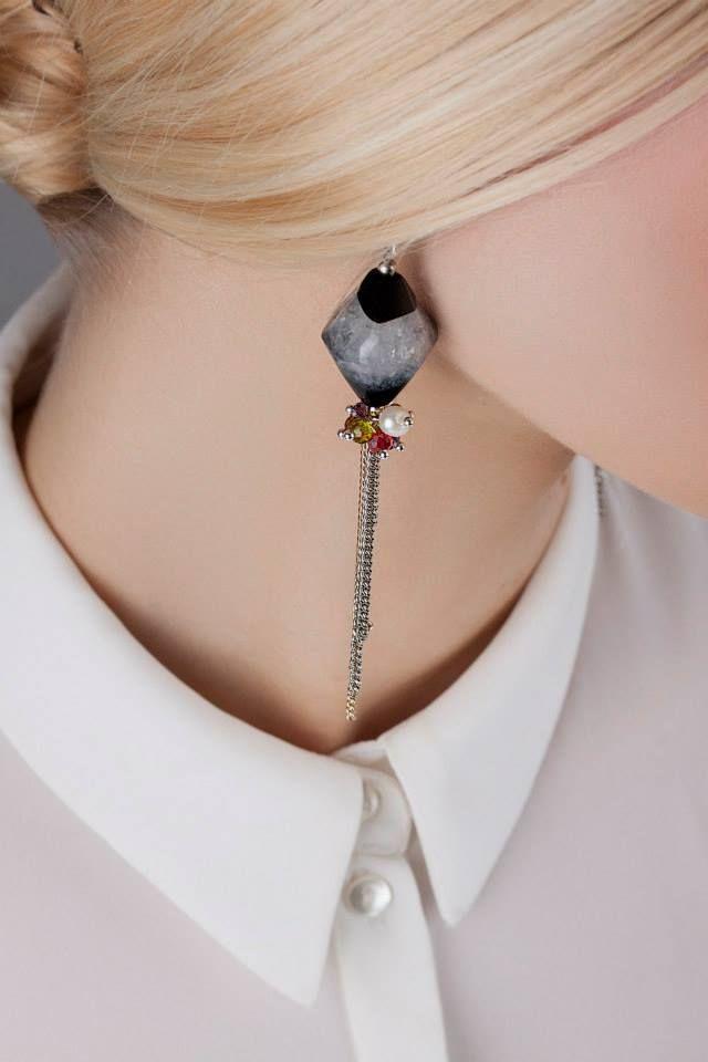 Cерьги ручной работы Rosher с агатами, чешскими стразами и серебрянным ушком. #samokish #jewelry