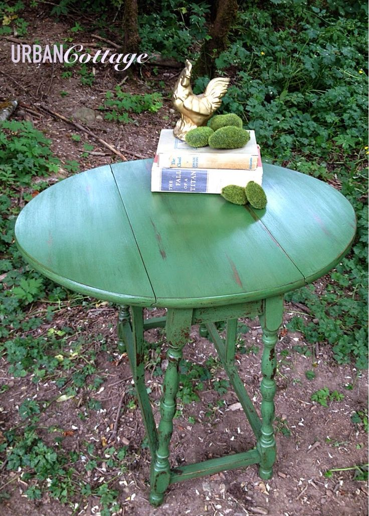 URBANCottage - green painted table - painted furniture