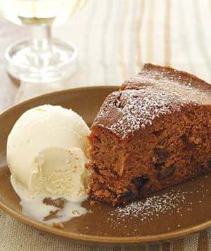Applesauce Spice Cake, yummy!