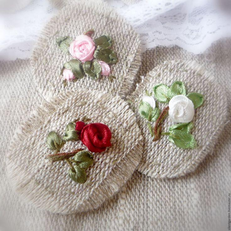 Купить Брошечки - комбинированный, броши из ткани, броши купить, брошь ручной работы, розы брошь