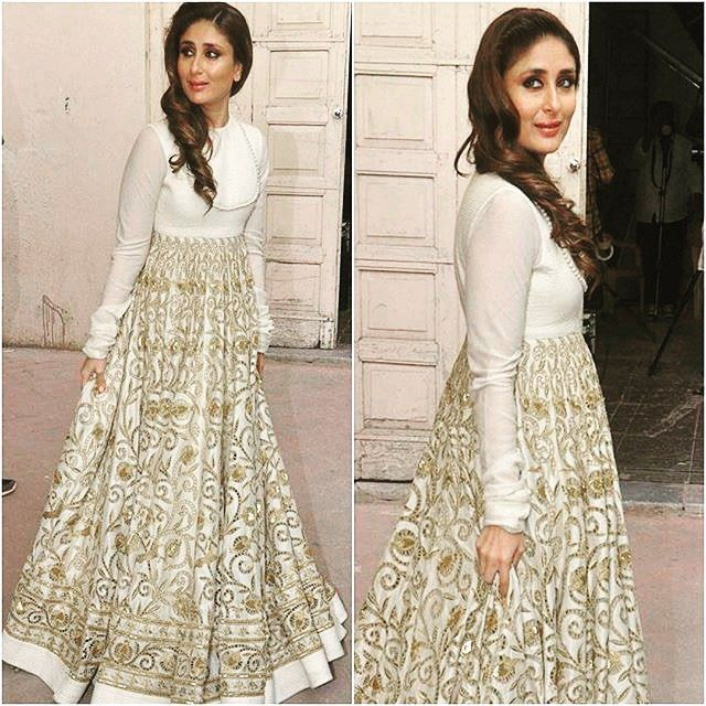 Dazzling diva Kareena Kapoor Khan in Rohit Bal. Loving all this love from Bollywood. #kareenakapoor #rohitbal #fashion #couture #bridal #ootd #festiveseason #glamour #instadaily #instafashion #diva #whattowear #actress #bollywood #highprofile #royalty