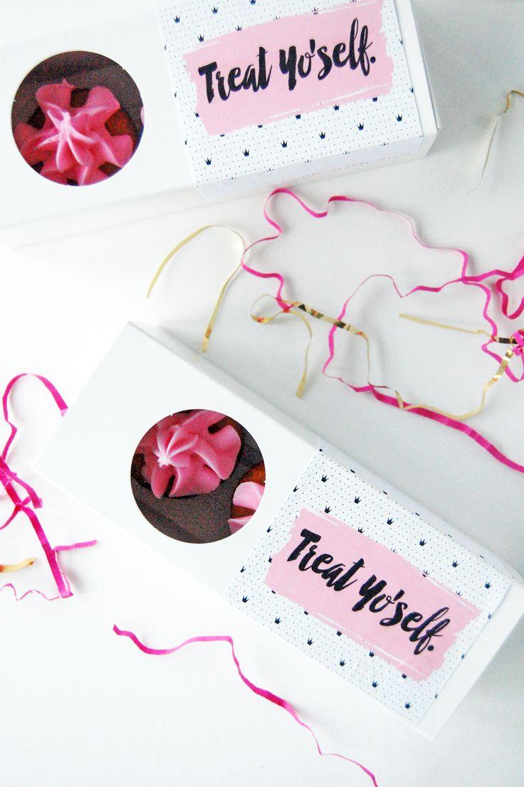 treat yoself mini cupcake favour 2