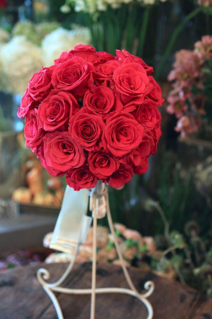 バラ/ラウンドブーケ/花どうらく/http://www.hanadouraku.com/bouquet/wedding/hanadouraku