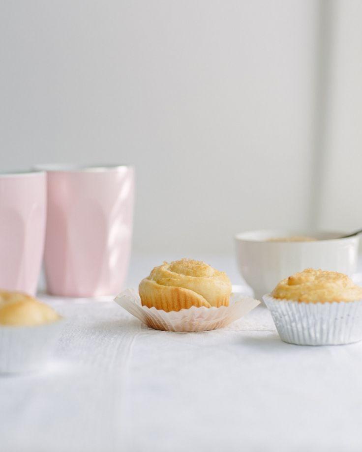 Finnish Pikku Pulla Recipe // cake crumbs & beach sand